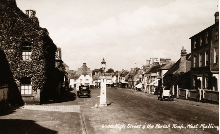 Old photograph of West Malling High Street